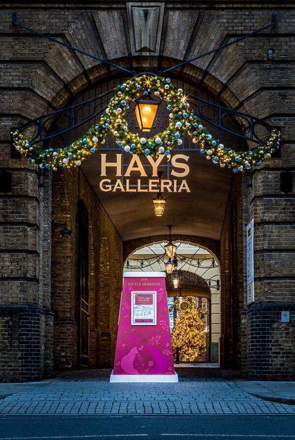 christmas decorations in hays galleria london